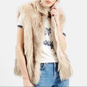 TOPSHOP 'Polo Leah' Faux Fur Vest